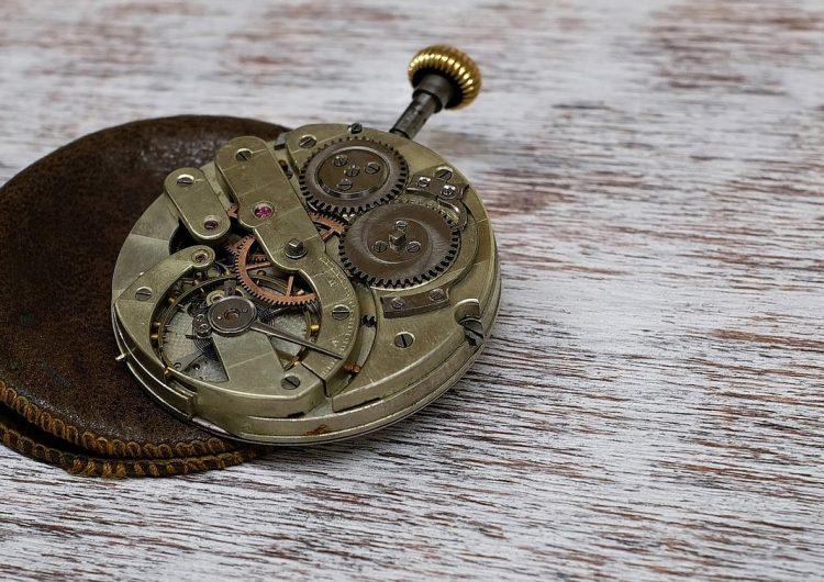 Die 3 Teile einer Uhr #3