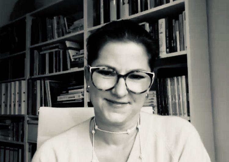 Video-Gast: Die Herrin der Finanzen